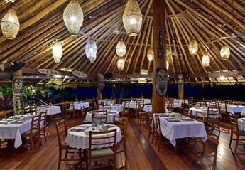 コポポビーチバンガローレストラン